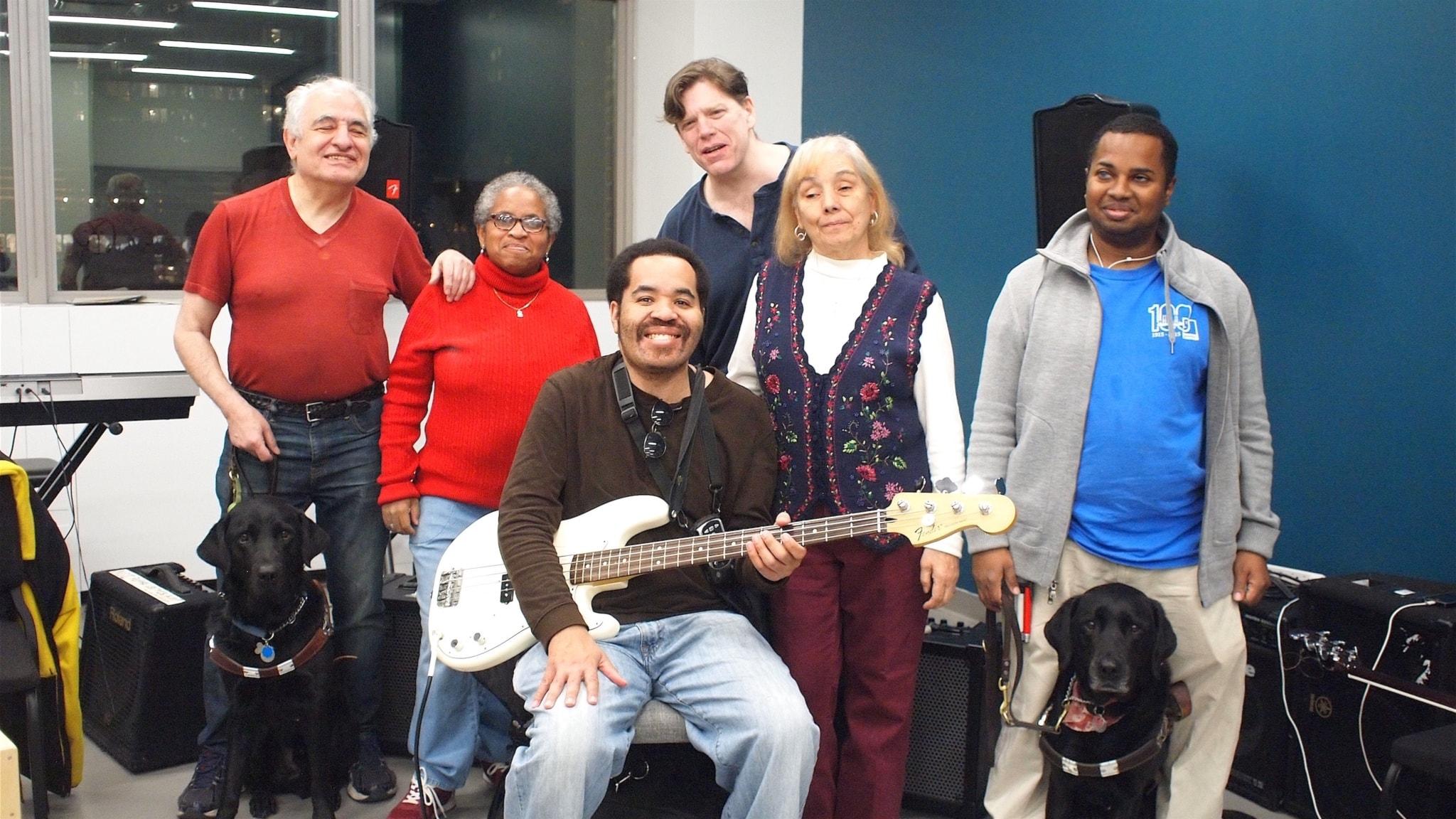 Sex synskadade musiker utgör bandet Jam 59