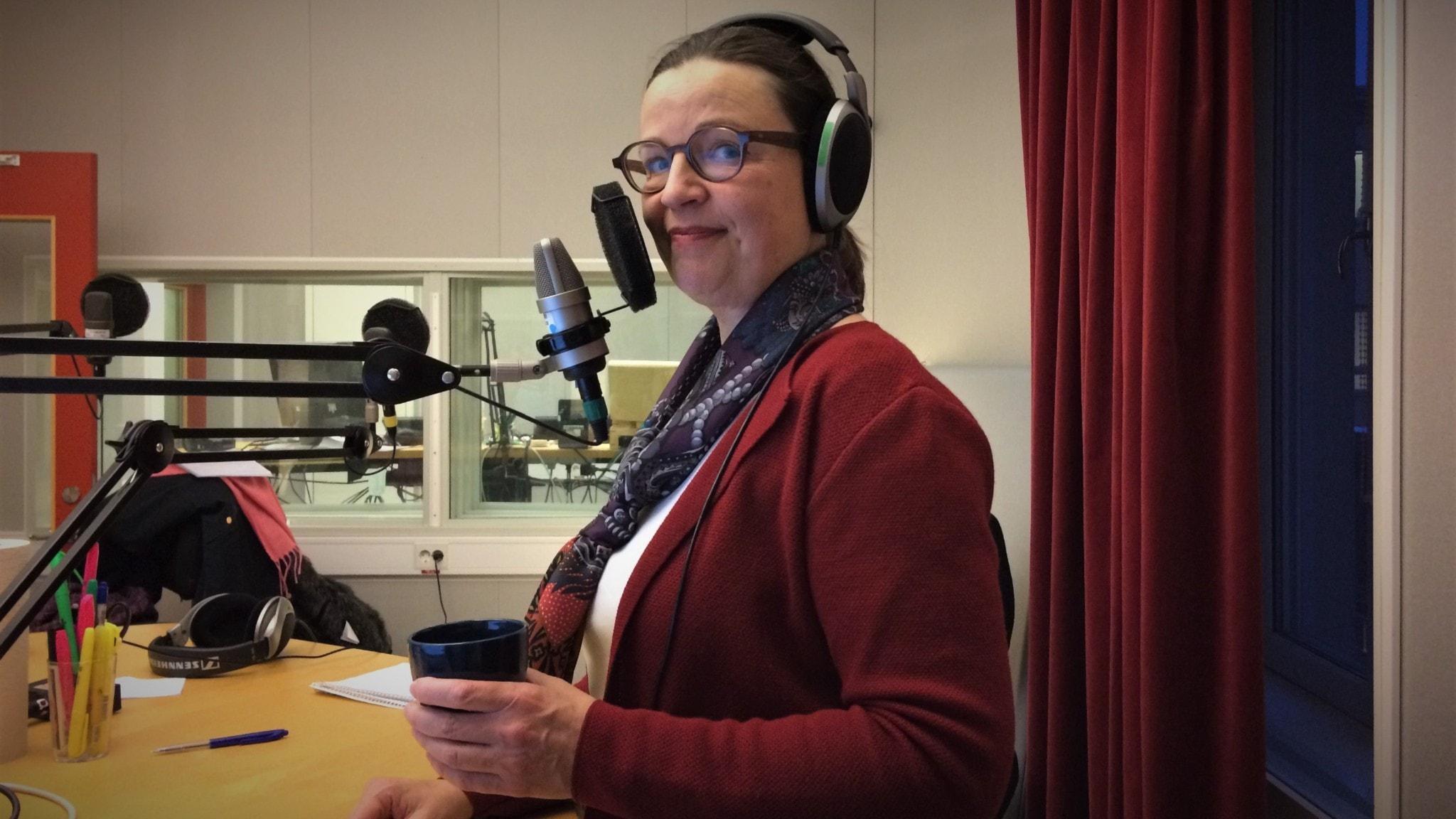 Del 4/4. Barnen som inte lär sig svenska – Ministern svarar