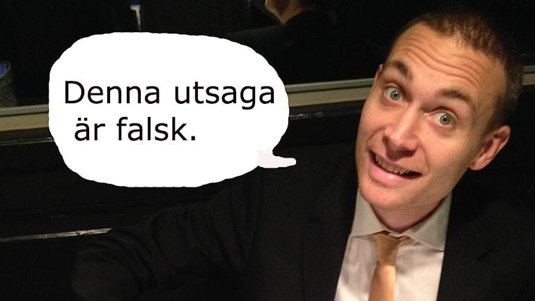 Jesper Rönndahl pratar. Foto: Karin Gyllenklev