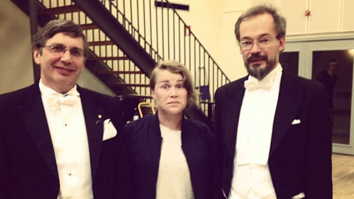 André Geim, Karin och Jari Kinaret. Foto: Jesper Rönndahl