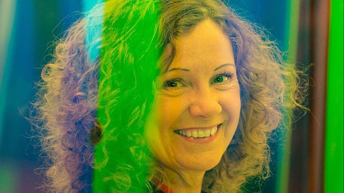 Gertrud Olsson och olika färger