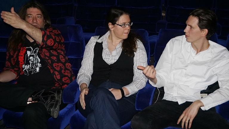 Från vänster: Mikael Parkvall, Susanne Vejdemo och Johan Sjons, samtliga lingvister vid Stockholms universitet.
