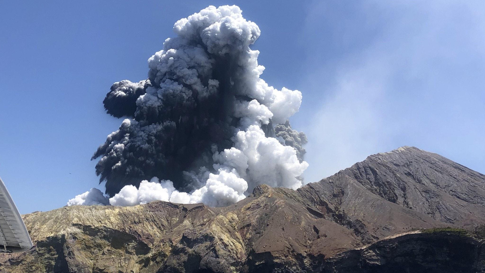 Varför överraskades turisterna av vulkanen?