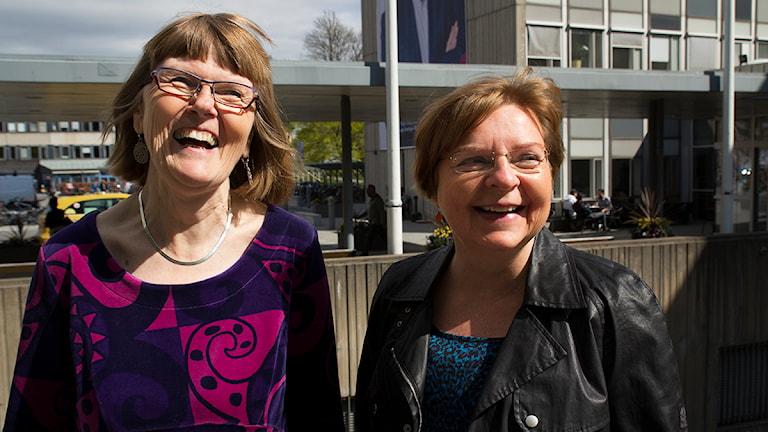 Prästerna Lisa Tegby och Lena Olsson Fogelberg. Foto SR/ Julia Blomgren.