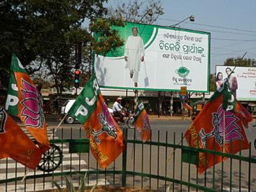 Valreklam för BJD och BJP i Bhupaneswar Foto: Åsa F Vestergren / SR
