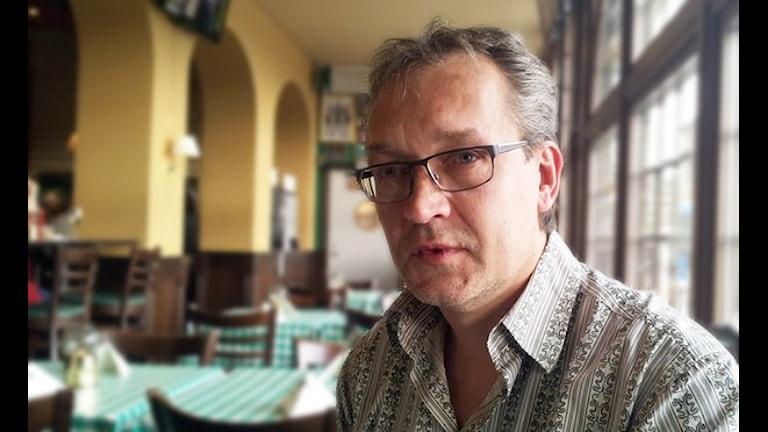 Kirjailija Asko Sahlberg. Foto: Johanna Dickson/SR