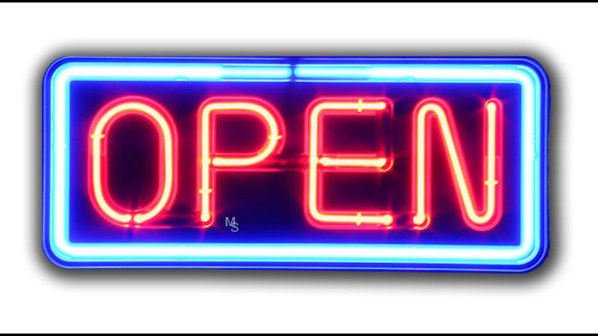 Open skylt