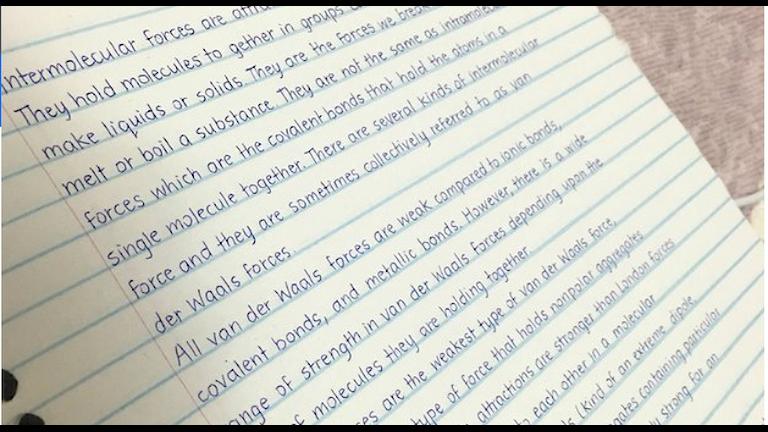 Bild på papper med snygg handstil