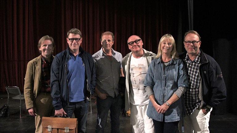 Claes Eriksson, Jan Rippe, Anders Eriksson, Knut Angnred, Kerstin Granlund och Per Fritzell. Foto: Robin Nilsson/P4 Väst.