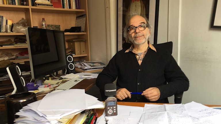 Serger Galam, fysikern som med sin tröskelteori förutsåg Trumpsegern och nu inte heller räknar ut Le Pen.