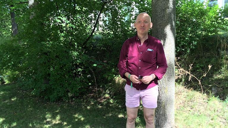 Jon Voss, chefredaktör för tidningen QX, har märkt en oro för hatbrott och inskränkta hbtq-rättigheter hos läsarna.