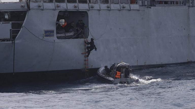 Bild från en övning förra året då 34 länder samarbetade för att förbättra möjligheterna att stoppa pirater i Guineabukten.