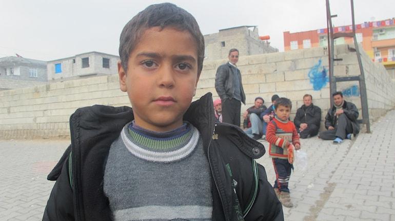 Ali fick svårt att prata efter bombningarna i Homs. Foto: Katrja Magnusson/Sveriges Radio