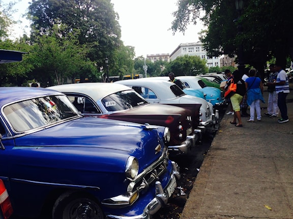 Kuba 1 bilar
