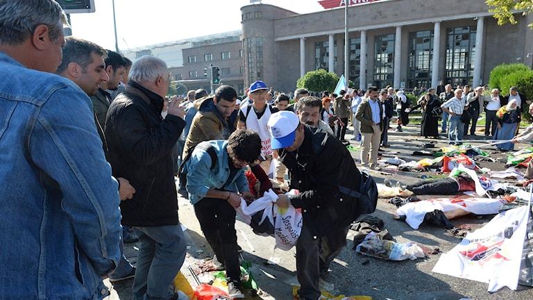 Många döda och skadade i attentat i Ankara.
