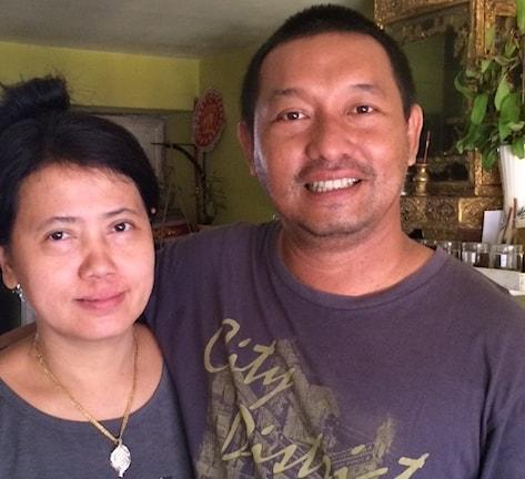 Närbild av Letyar Tun och hans fru.