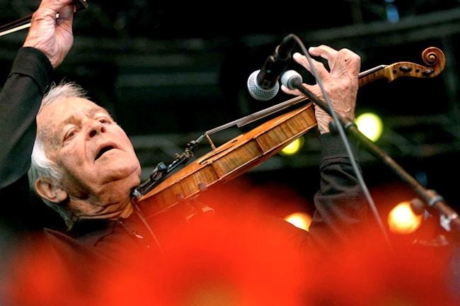 Svend Asmussen på Stockholm Jazzfestival 2003