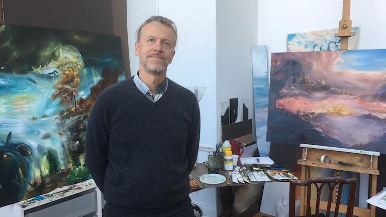 Ernst Billgren i sin ateljé.