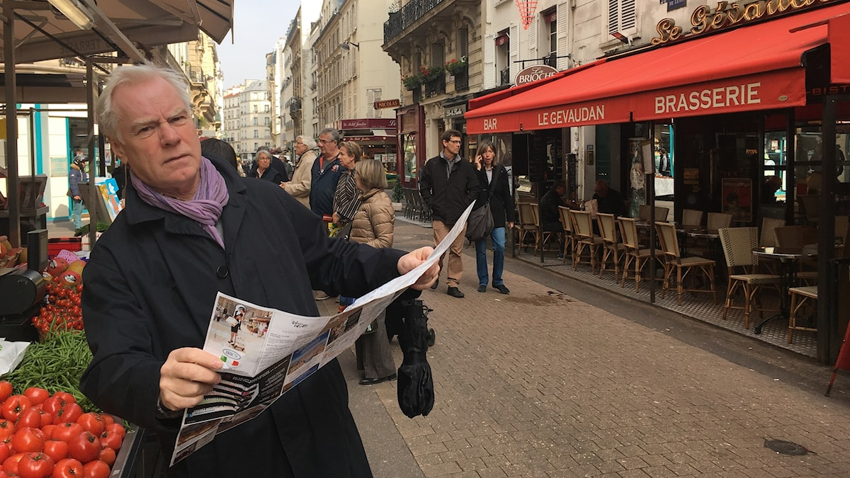 Programledare Olle Hägg i Paris