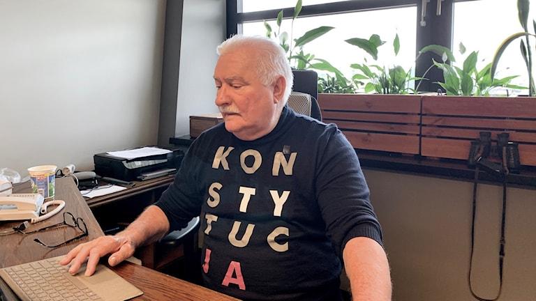 Lech Wałęsa har numera sitt kontor på  Europeiska Solidaritetscentrum i Gdans, precis i närheten där varvstrejkerna bröt ut i juli 1980.