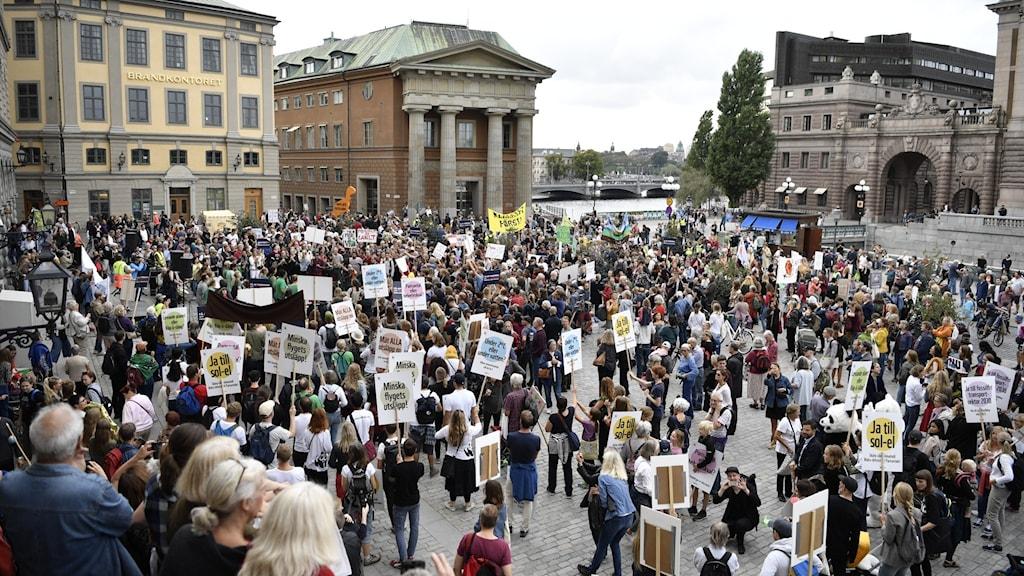 Klimatmanifestationen Peoples Climate March vid Mynttorget i Stockholm 2018.