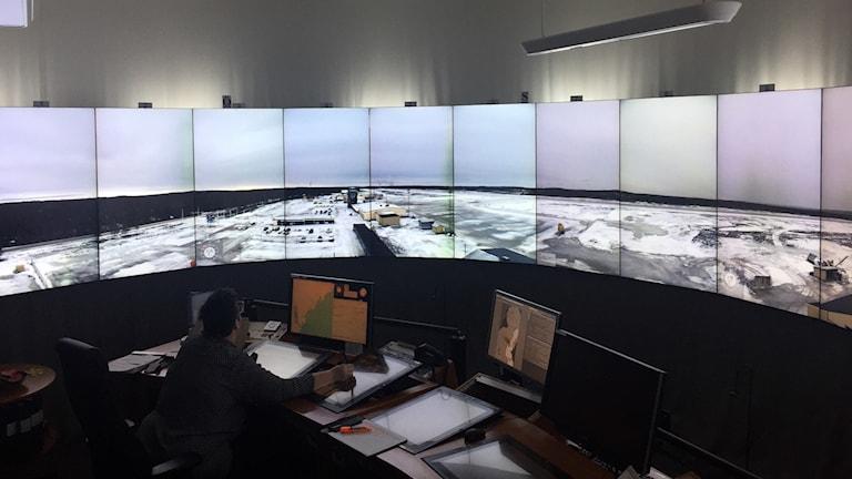 Central för fjärrstyrd flygledning i Sundsvall. Foto: Nils Eklund/Sveriges Radio