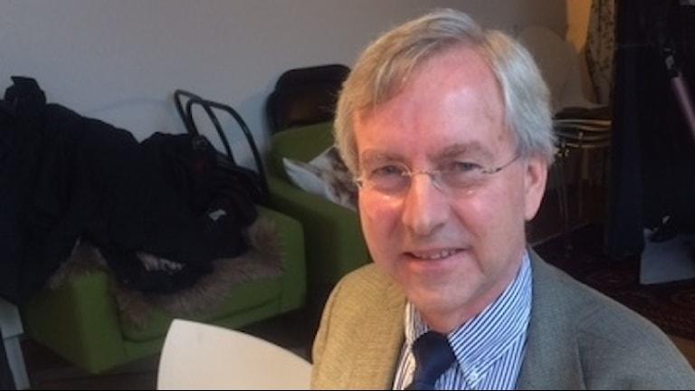 Professor Erland Källén är forskningschef vid det europeiska vädercentret