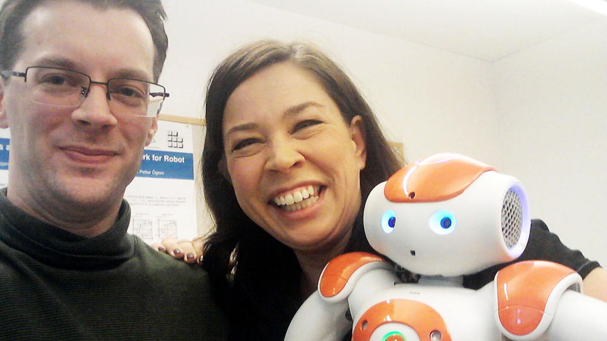 Christian Smith, Marie Lundström och Roboten Nao