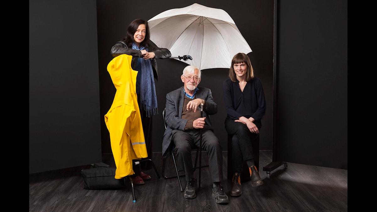 Cirkeln! Marie Lundström, Lars Gustafsson, och Frida Nilsson.Foto: Mattias Ahlm, SR.