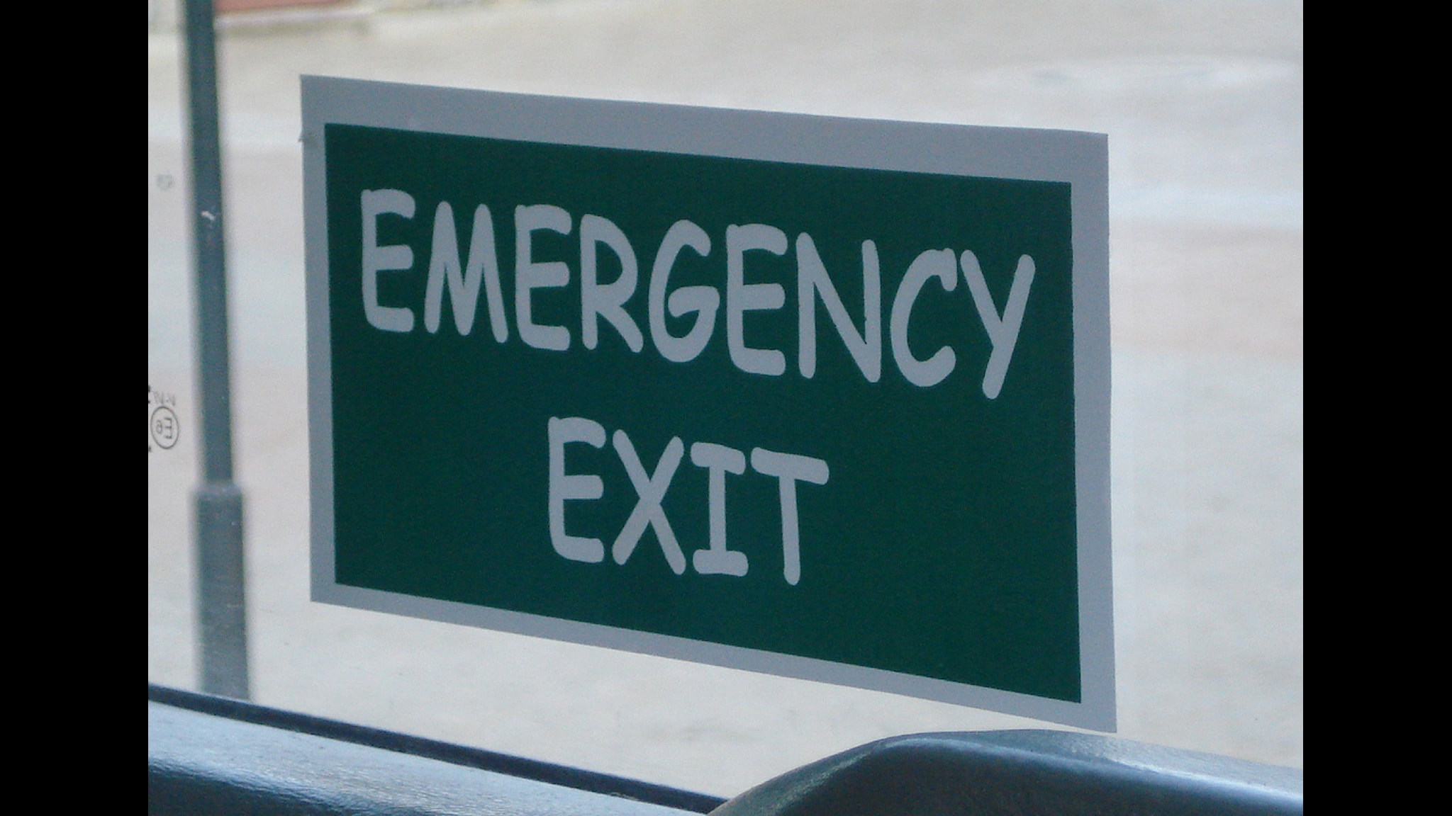Orden Emergency Exit i typsnittet Comic Sans. Foto: DJ-Nike / Flickr.com