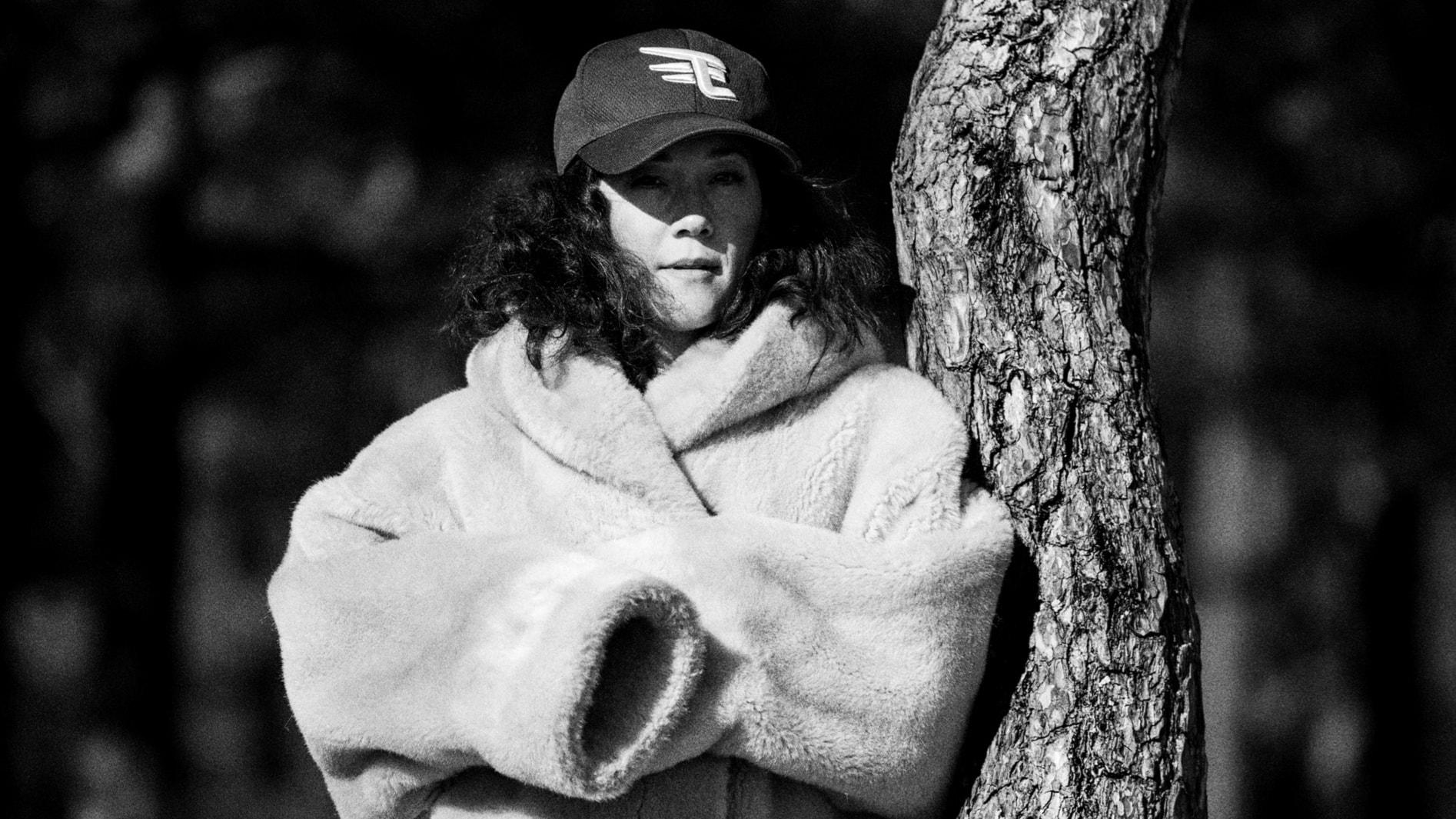 Det obekväma i att skriva om att ligga har gett Maia Hirasawa skjuts i låtskrivandet på nya EP:n, illustratören Ilon Wikland prisas. - spela