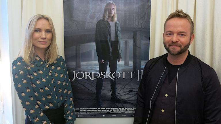 Skådespelaren Moa Gammel och Jordskotts skapare Henrik Björn. Foto: Björn Jansson/Sveriges Radio.