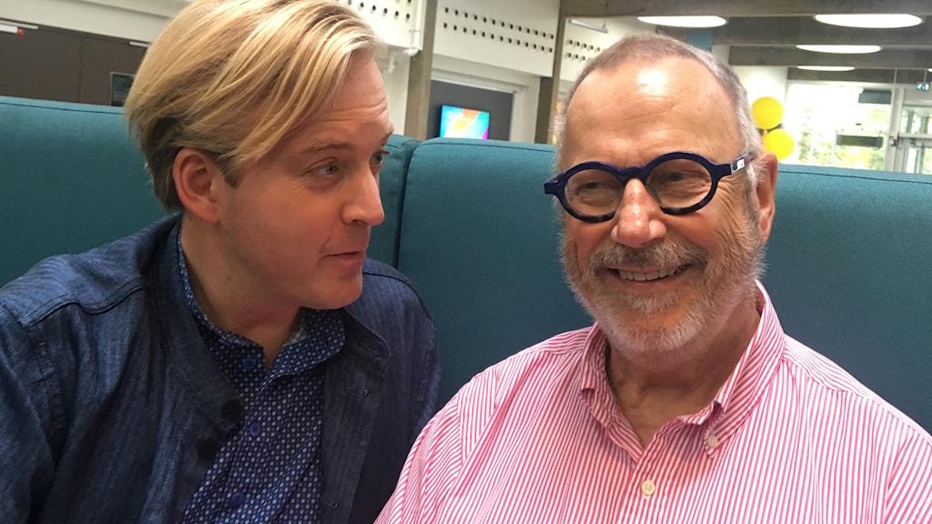 Andreas T Olsson och Sven Melander som nu sätter upp The play that goes wrong. Foto: Björn Jansson/Sveriges Radio.