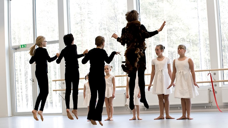 Invigning danssalar. Dans i skolan.