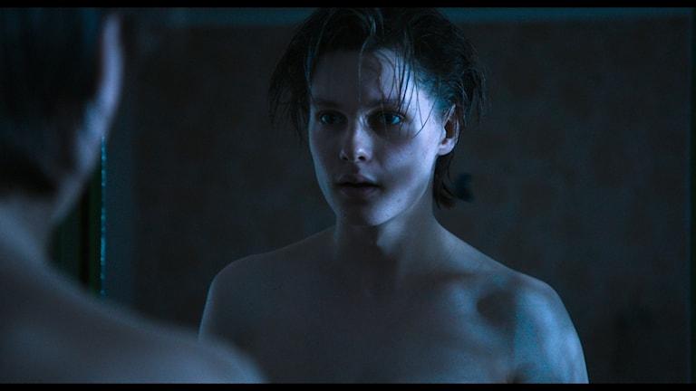 Ur filmen Pojkarna av Alexandra Therese-Keining.