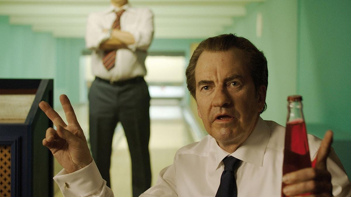 Darrell Duffey som Nixon. Foto: Disney.