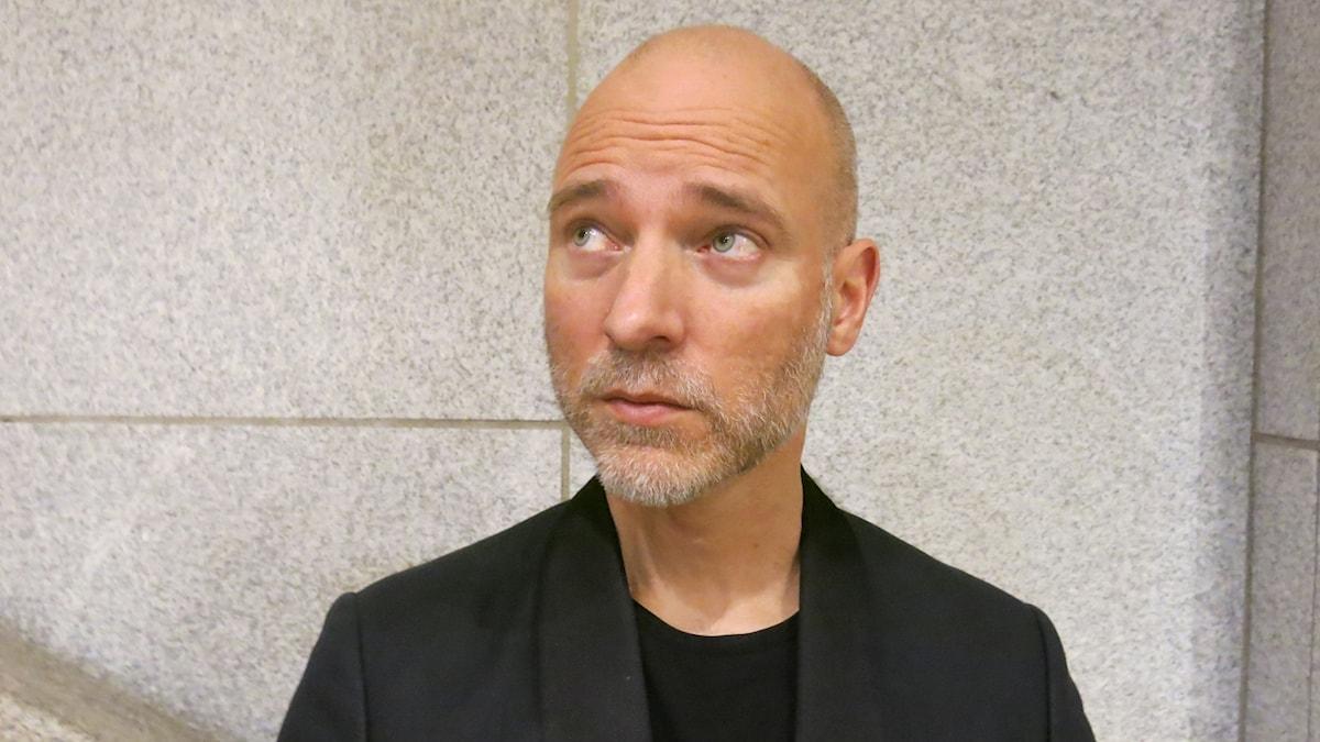 Regissören Aku Louhimies som gjort film av Väinö Linnas Okänd soldat. Foto: Björn Jansson/Sveriges Radio.