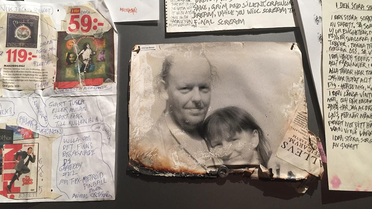 2014 förstördes Freddie och Bella Wadlings hem i en brand. Bara en liten del av Freddie Wadlings produktion har räddats. Här ett privat foto