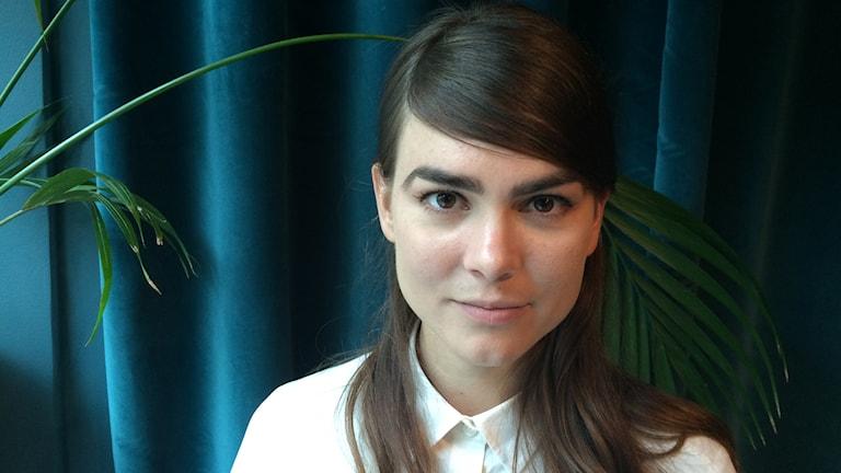 Karin Franz Körlof gör Lydia i Den Allvarsamma Leken. Foto: Björn Jansson/Sveriges Radio.