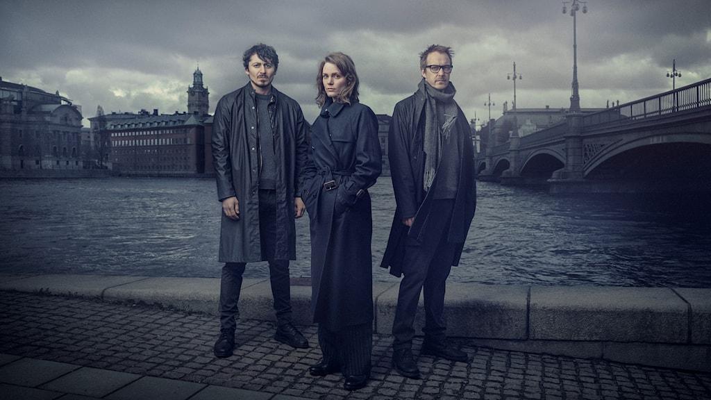 Alexej Manvelov, Liv Mjönes och Jonas Karlsson.