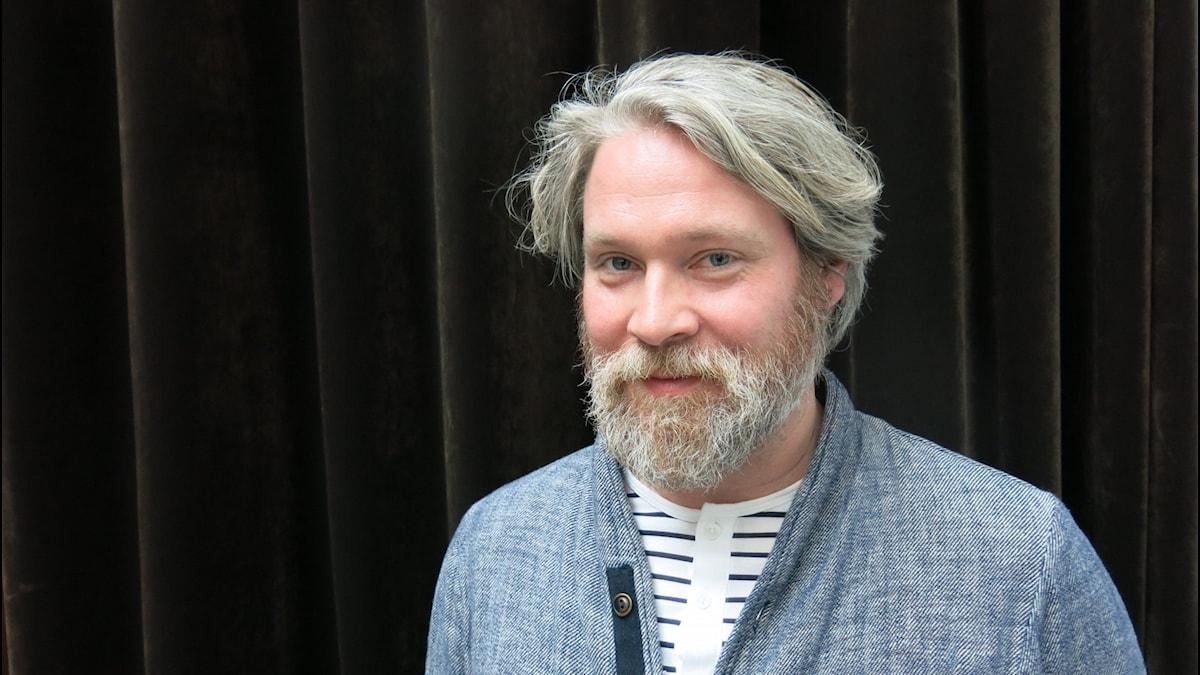 Skådespelaren Lukas Loughran.