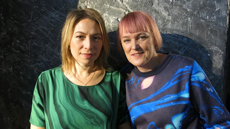 Skådespelaren Frida Hallgren & regissören Maria Blom, aktuella med julhelgens svenska familjefilm Monky. Foto: Björn Jansson/Sveriges Radio