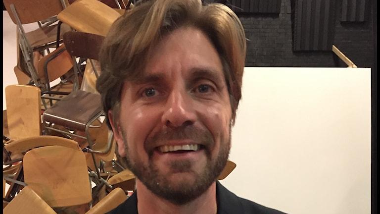 """Ruben Östlund under inspelningen av """"The Square""""."""