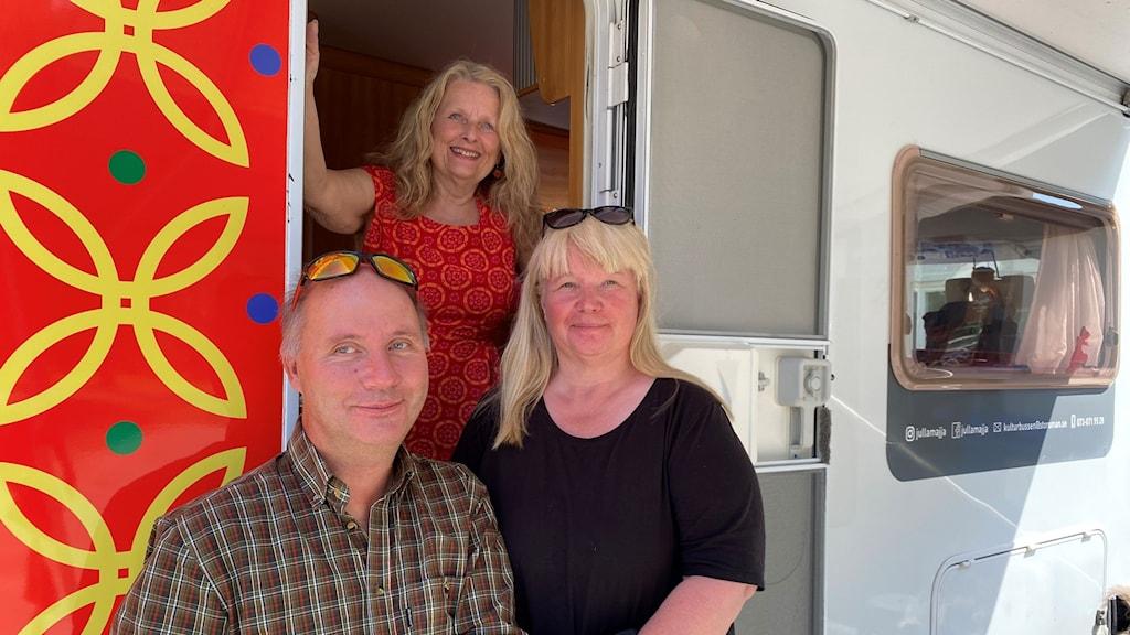 Projektmedlemmarna Eva Conradzon står högst upp, Åsa Skum i mitten och Lars Mattsson längst ner.