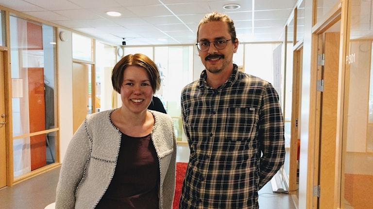 Katrin Dannberg och Jimmy Andersson på Högskolan i Skövde.