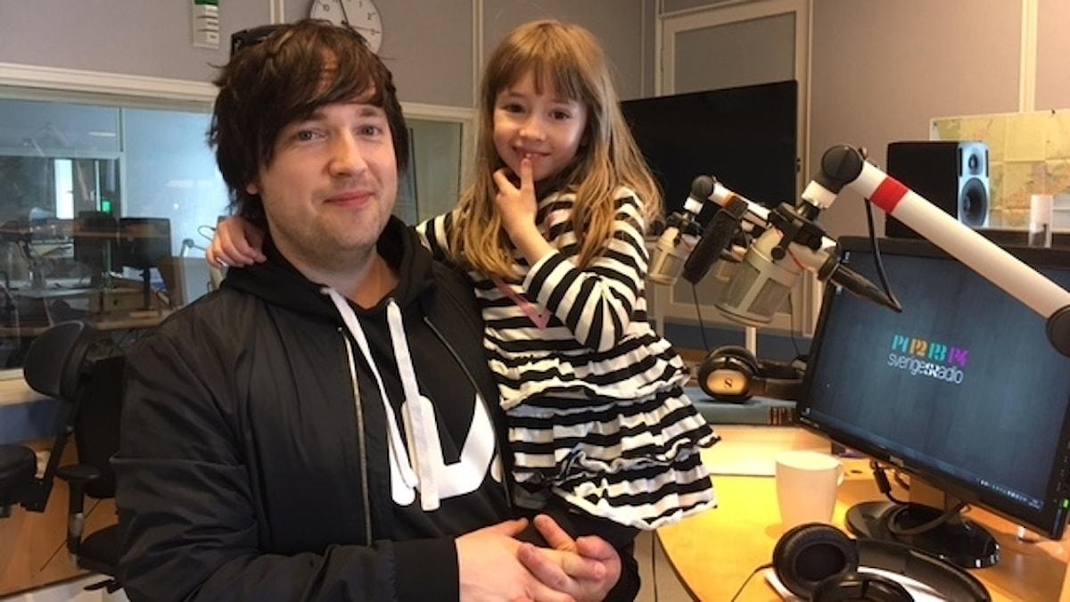 Carl-Johan Fogelklou med dottern Emilia.