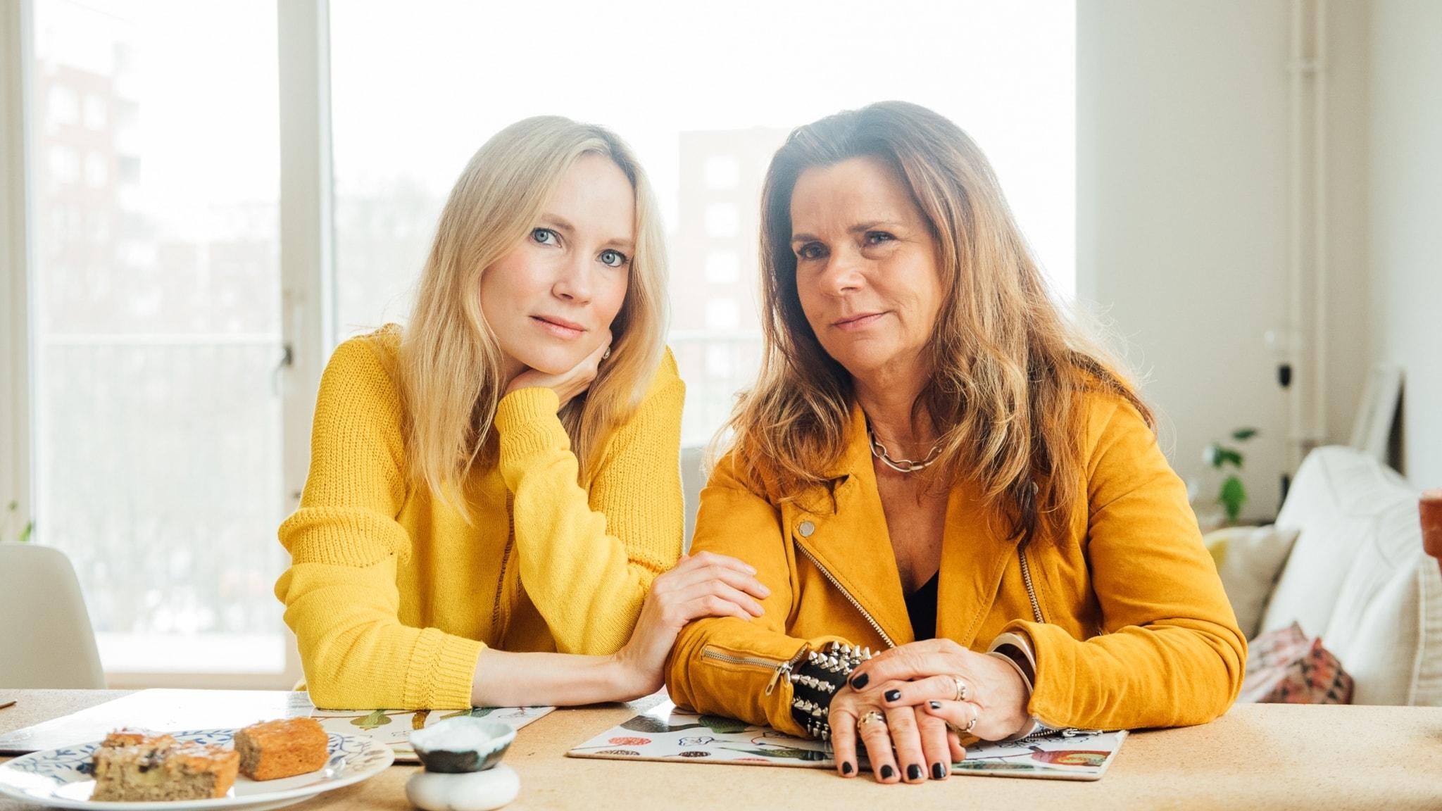 Katarina Hahr möter regissören och skådespelaren Moa Gammel i ett samtal om tillit