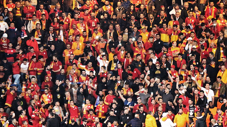 Turkiska Galatasarays supportrar.
