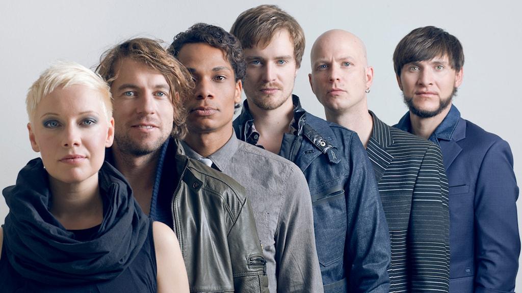 Vokalgruppen Slixs. Katharina Debus, Thomas Piontek, Gregorio D'Clouet Hernández, Karsten Müller, Michael Eimann och Konrad Zeiner.