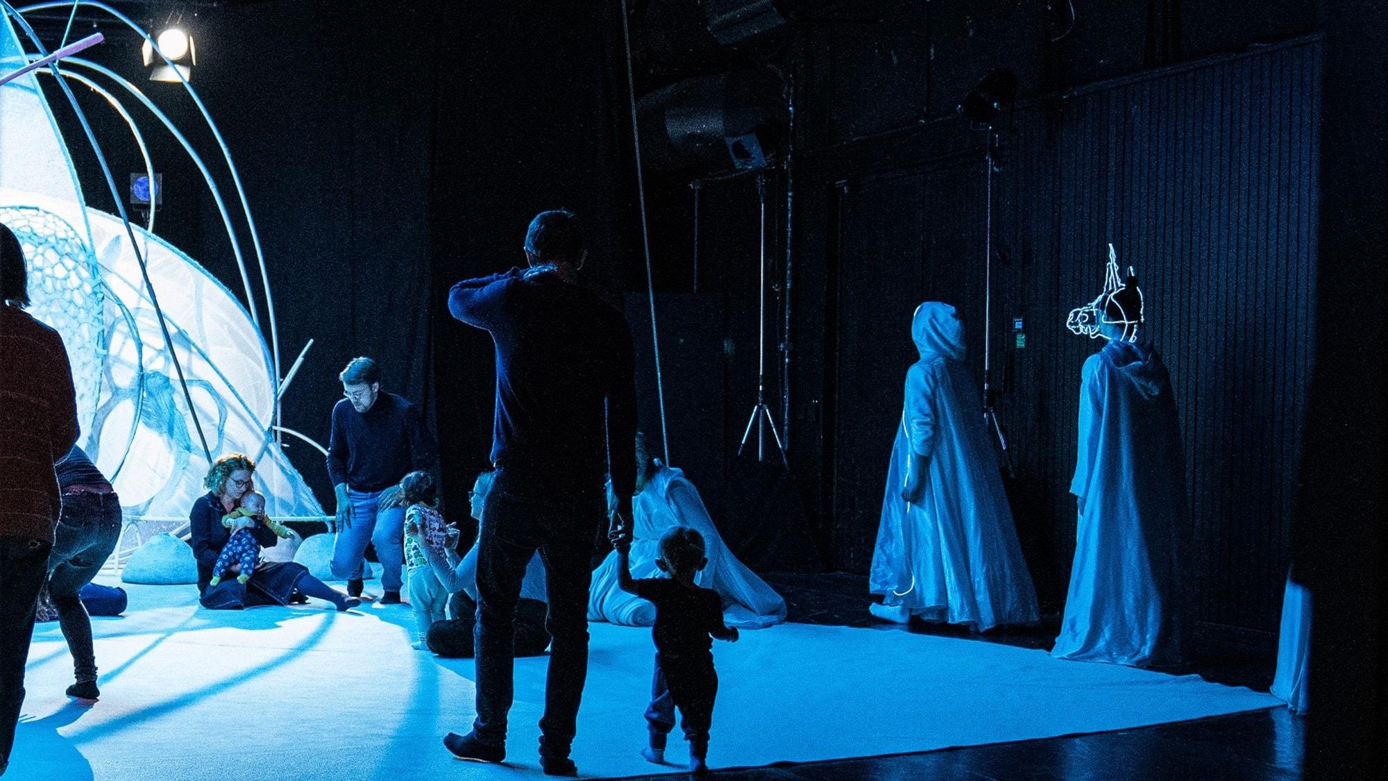 Klassisk morgon - Opera för bebisar, Unsuk Chin-eko och uvertyr av Fanny Hensel